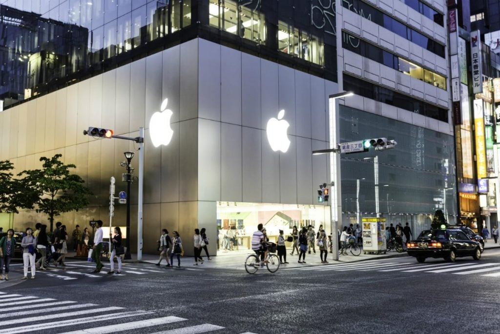Apple-store-Japan